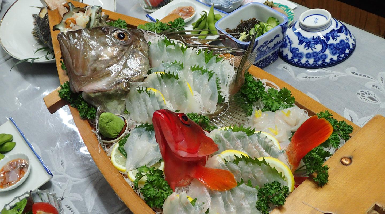 豪勢な魚料理を堪能しましょう